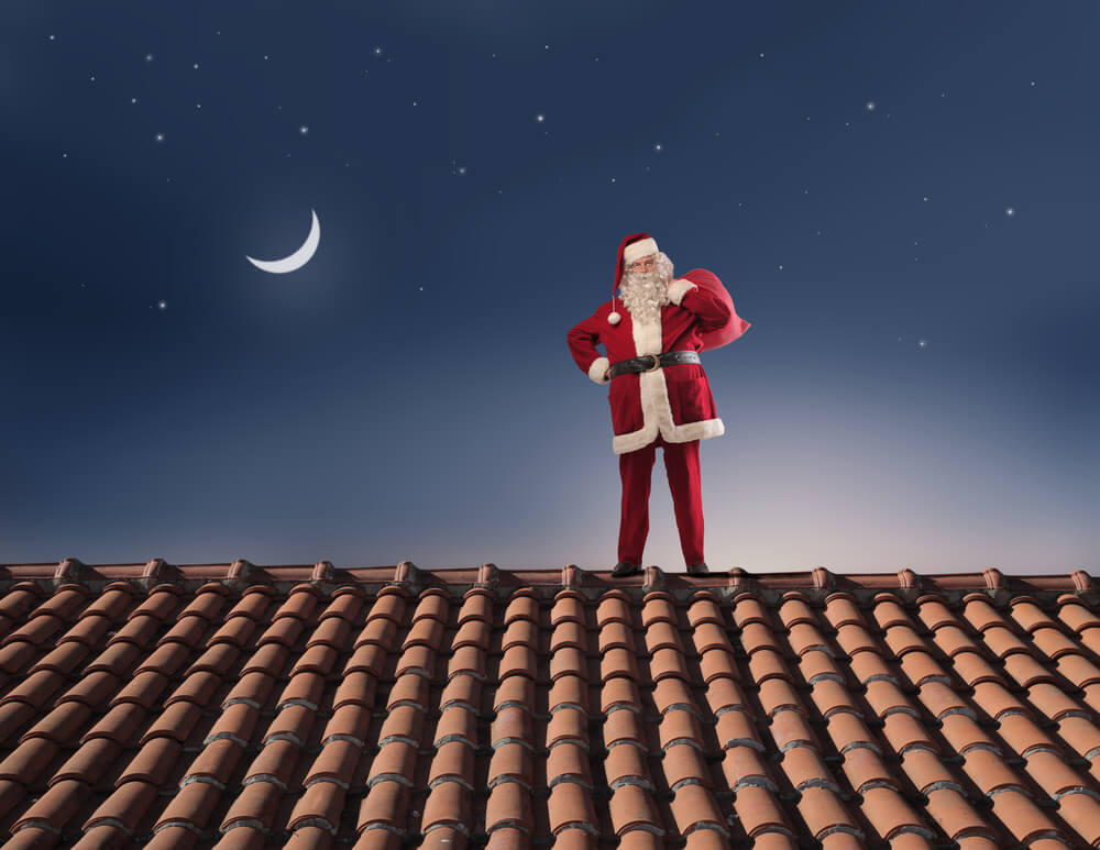 Protecting Your Roof This Holiday Season